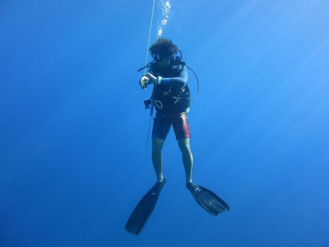 přivázaný potápěč.jpg