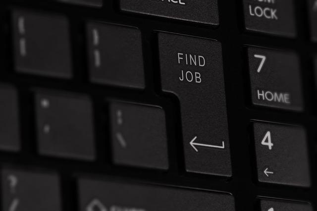 Klávesnice najdi práci